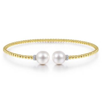 Gabriel & Co. 14k Yellow Gold Bujukan Pearl & Diamond Bangle Bracelet